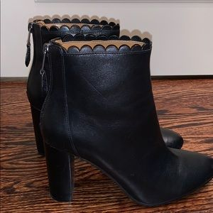 Women's coach scallop top ankle boots - Size 7.5